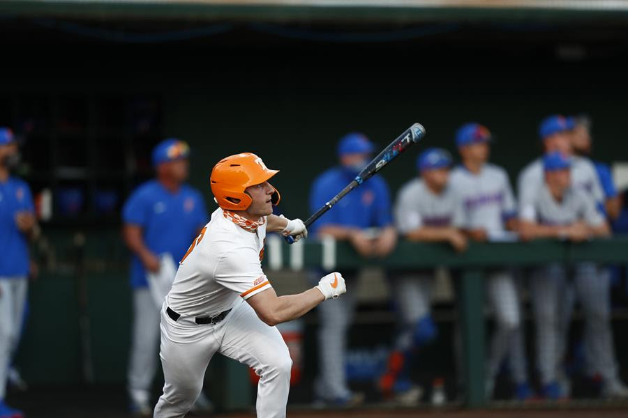 Postgame/Boxscore/Story: Spence & Russell Lead #4 Vols to Series-Opening Win over #9 Gators