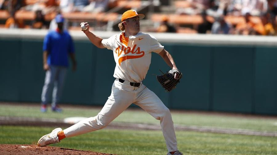 Postgame/Boxscore/Story: #4 Vols Fall in Series Finale to #9 Florida, 7-6