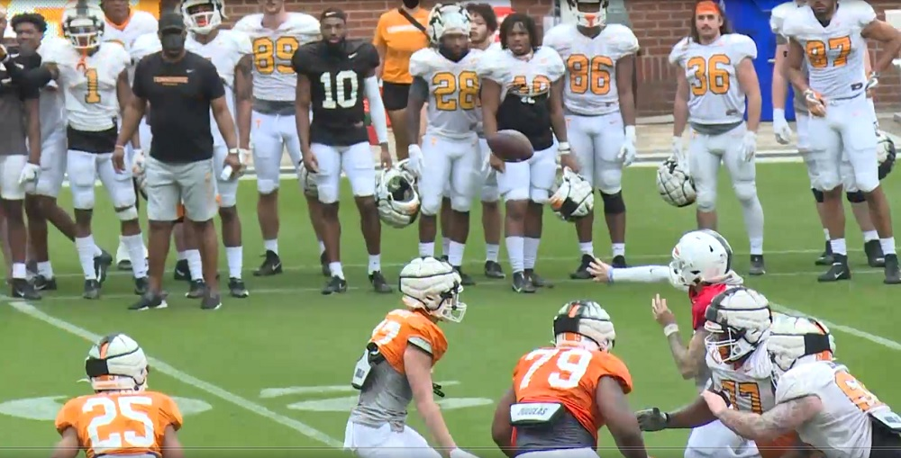 WATCH: Tennessee Football 2021 Open Spring Practice