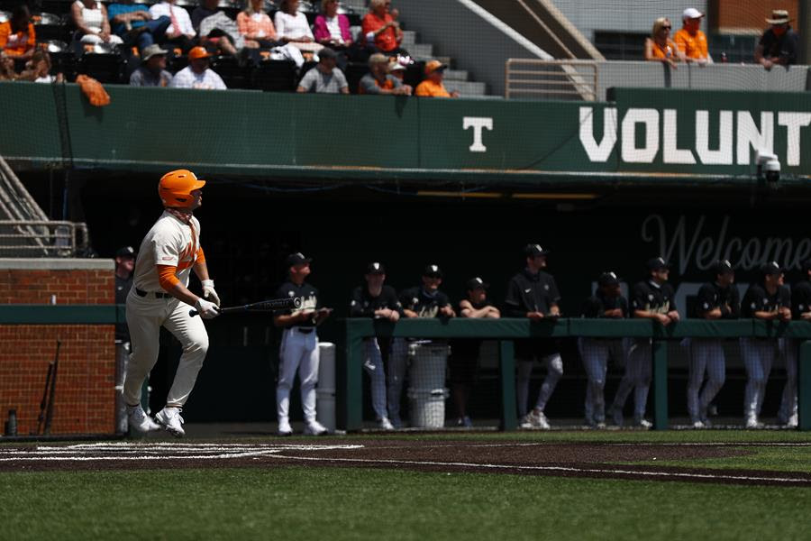 Postgame/Boxscore/Story: #3 Vols Drop Sunday Rubber Game vs. #2 Commodores