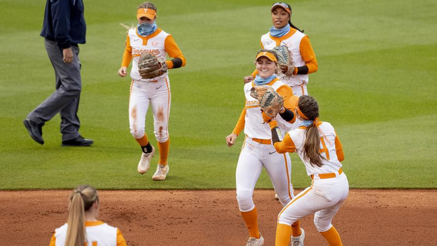 Boxscore/Stats/Story: #16 Lady Vols Finish off Sweep of Auburn with 2-1 win
