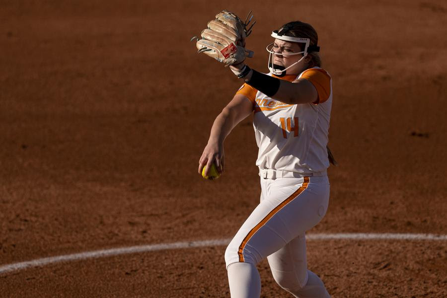 Boxscore/Stats/Story: #15 Tennessee Softball Downs #16 Missouri in Series Opener, 4-0
