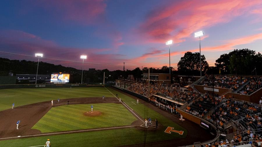 Baseball Expanding to 100 Percent Capacity for Arkansas Series This Weekend