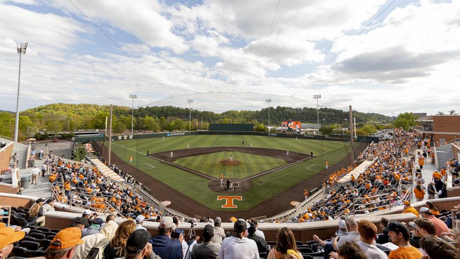 Tennessee Baseball Announces Checker LNS on Saturday, Shirsey Friday, Pig Roast and Weekend Promotional Lineup
