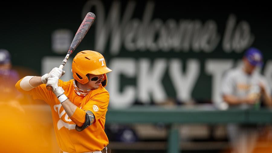 Baseball Preview: #4 Vols Host Top-Ranked Razorbacks in Battle Between SEC's Best