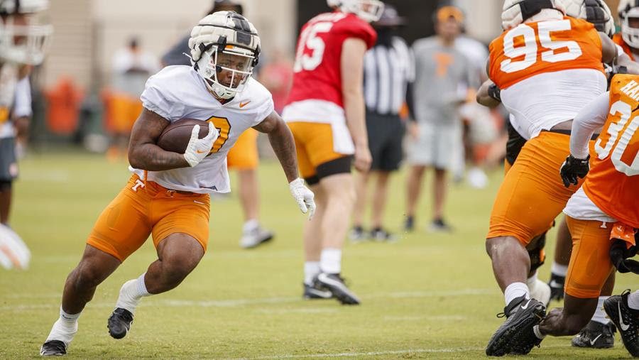 Vols Hit the Ground Running in First Practice of Preseason Camp
