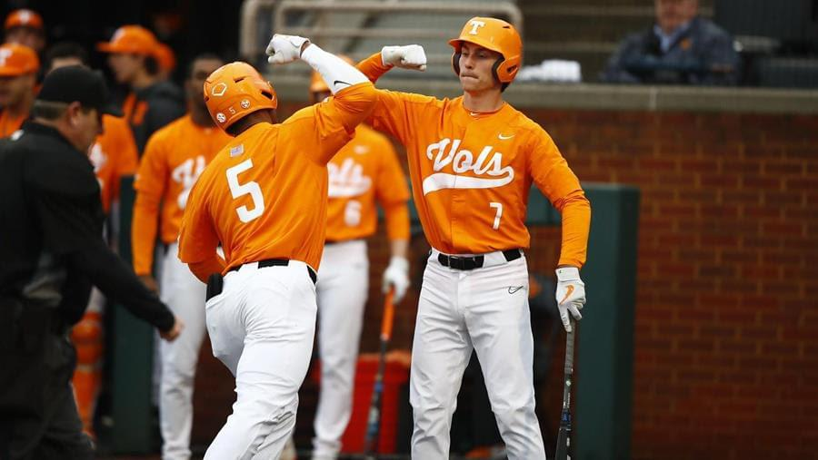 Vols' Early Offense Leads Way Past Charlotte, 8-2