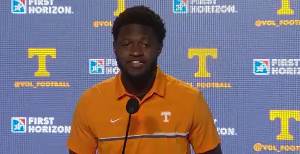 "WATCH: Brandon Johnson on one-handed catch ""It was really cool. I lost the ball for a little bit in the lights."""