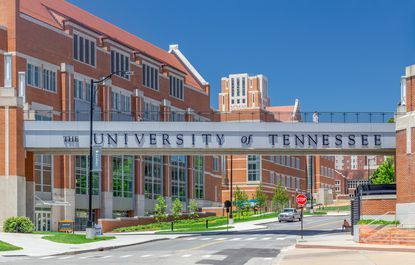 University of Tennessee Hosting a Public COVID-19 Vaccination Clinic