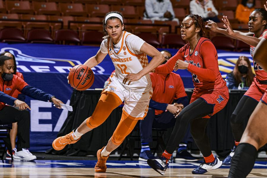 Rae Burrell invited to USA Americup trials