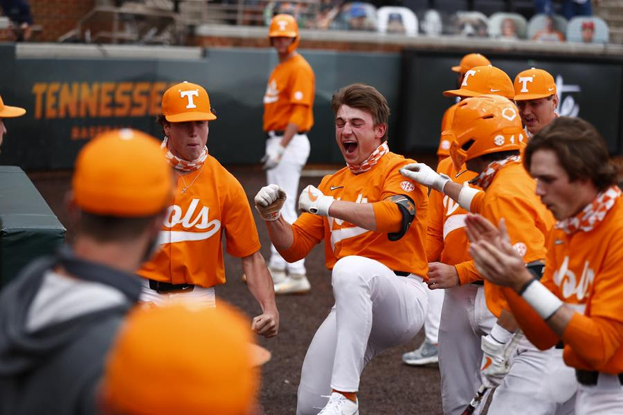 Postgame/Boxscore/Story: Russell's Record-Setting Day Lifts #3 Vols to 8-4 Win over #2 Vanderbilt