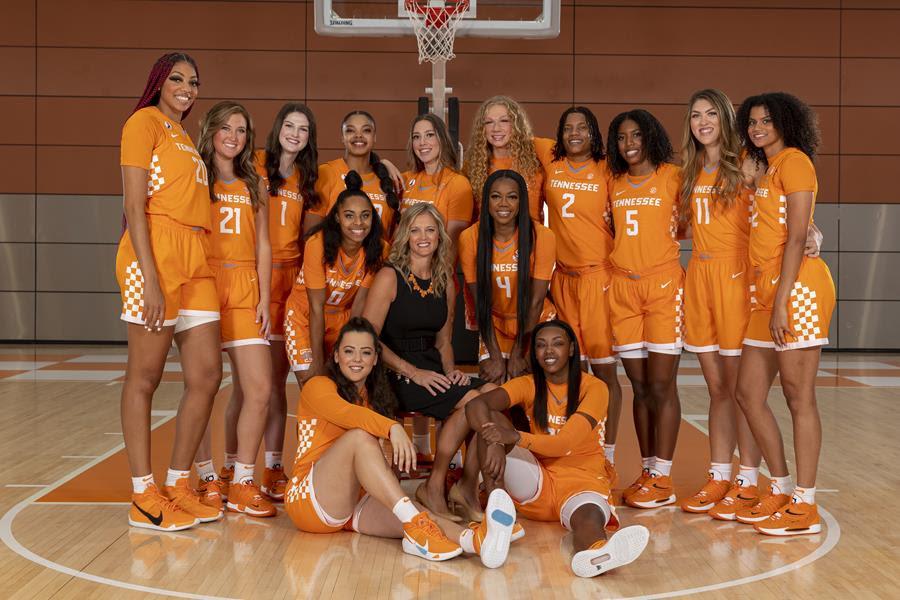 Lady Vol Basketball Opens At #15 in AP Preseason Poll