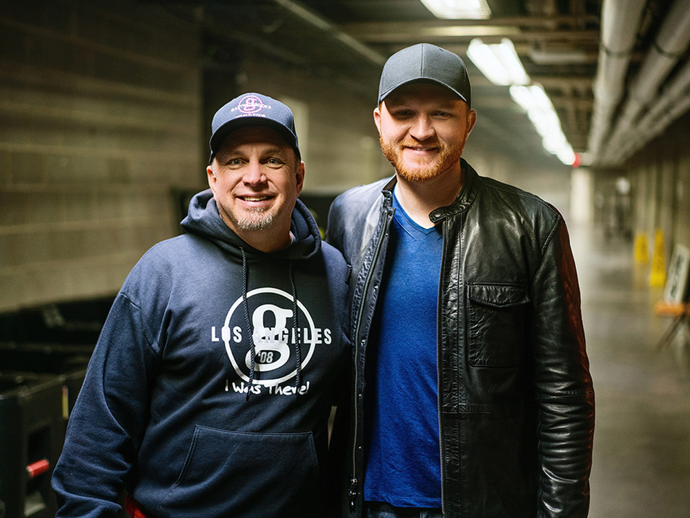 """Eric Paslay Opens Tour Date for Garth Brooks; Rocks """"Today Show"""" With """"Angels in This Town"""" Performance"""