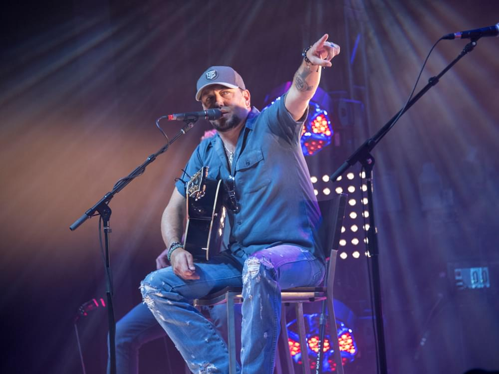 "Listen to Jason Aldean's New Song, ""Camouflage Hat"""
