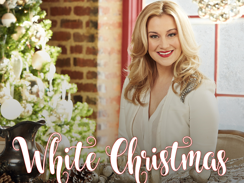 "Listen to Kellie Pickler's Newly Recorded Version of ""White Christmas"""