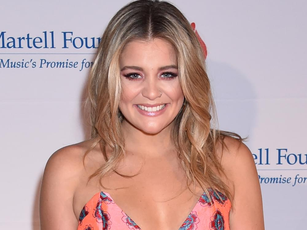 "Watch Lauren Alaina Honor Late Step-Dad on ""Dancing With the Stars"""