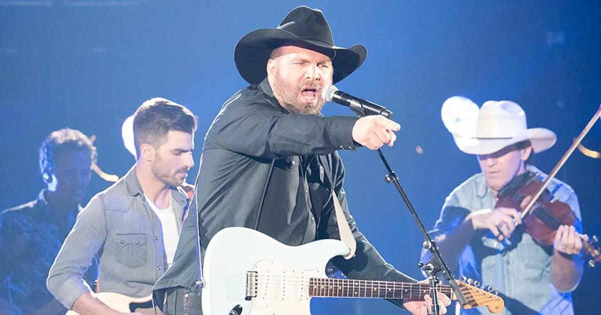 Garth Brooks Is FUN and LIVE This Friday, November 20th
