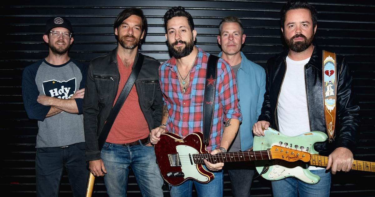 "Old Dominion Performs ""Never Be Sorry"" On The Tonight Show With Jimmy Fallon"