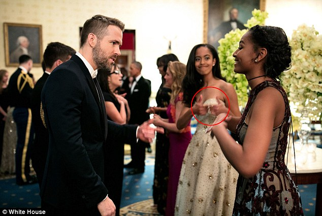 The Obama Girls Get Starstruck Just Like Us
