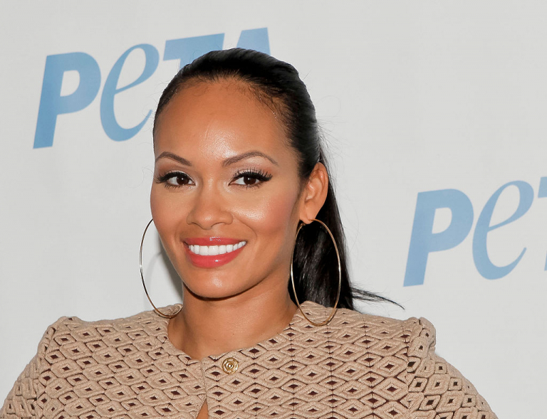 Television personality Evelyn Lozada unveils her naked