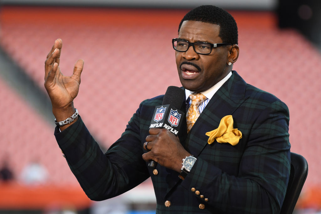 Michael Irvin Pleads For Help After Getting Robbed