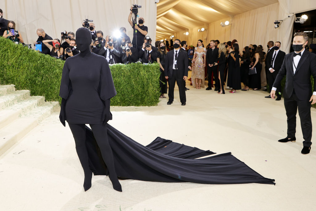 Finally! Kim Kardashian Explains Bizarre Met Gala 2021 Outfit and Face Covering