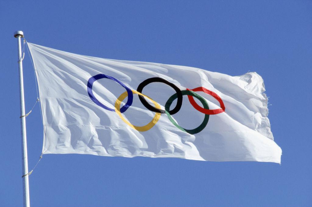 Olympics bans 'Black Lives Matter' apparel, could punish athletes for social protests