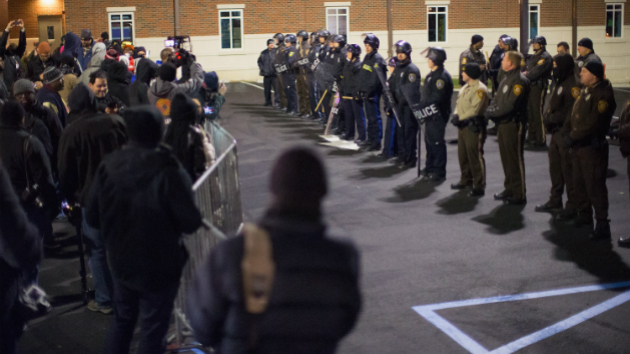 Ferguson Grand Jury to Reconvene Monday