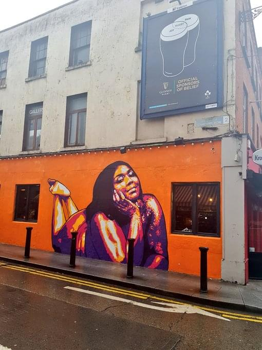 GOOD AS HELL: This Mural Of Lizzo Is Everything!