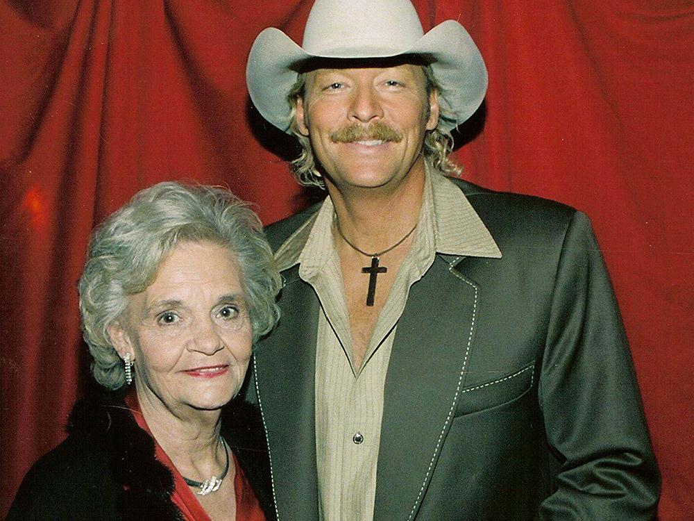 Alan Jackson's Mother, Ruth, Passes Away at 86