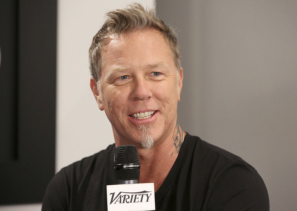 """James Hetfield and the News – """"Hip to Be the Sandman"""""""