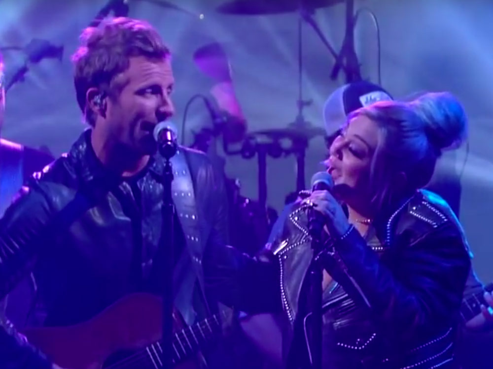 "Watch Dierks Bentley Perform ""Different for Girls"" With Elle King on ""The Late Show"""