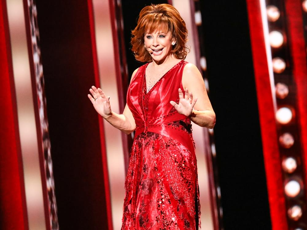 "Watch Reba McEntire's ""Fancy"" Performance at the CMA Awards"
