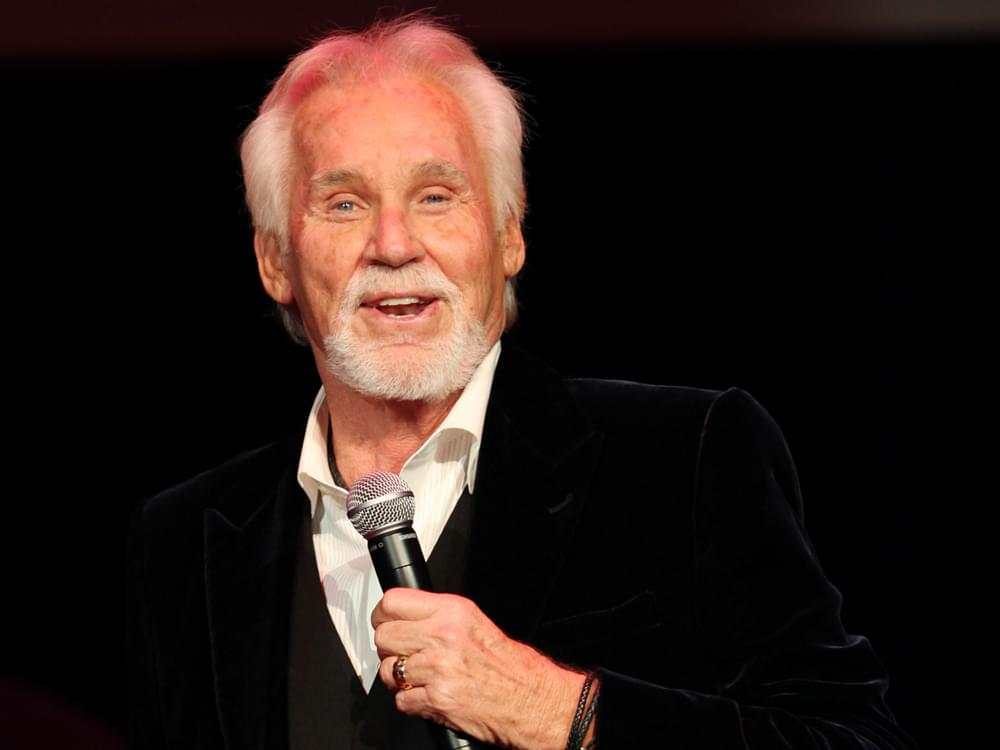 Kenny Rogers Tops Billboard Country Albums Chart for First Time in 34 Years