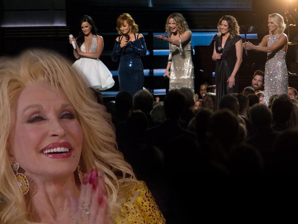 """Watch Reba, Carrie, Martina, Kacey and JNett Pay Tribute to Dolly Parton With """"I Will Always Love You"""""""