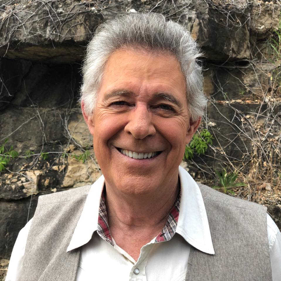 KJJY Exclusive: A Very Brady Chat with Barry Williams [PODCAST]