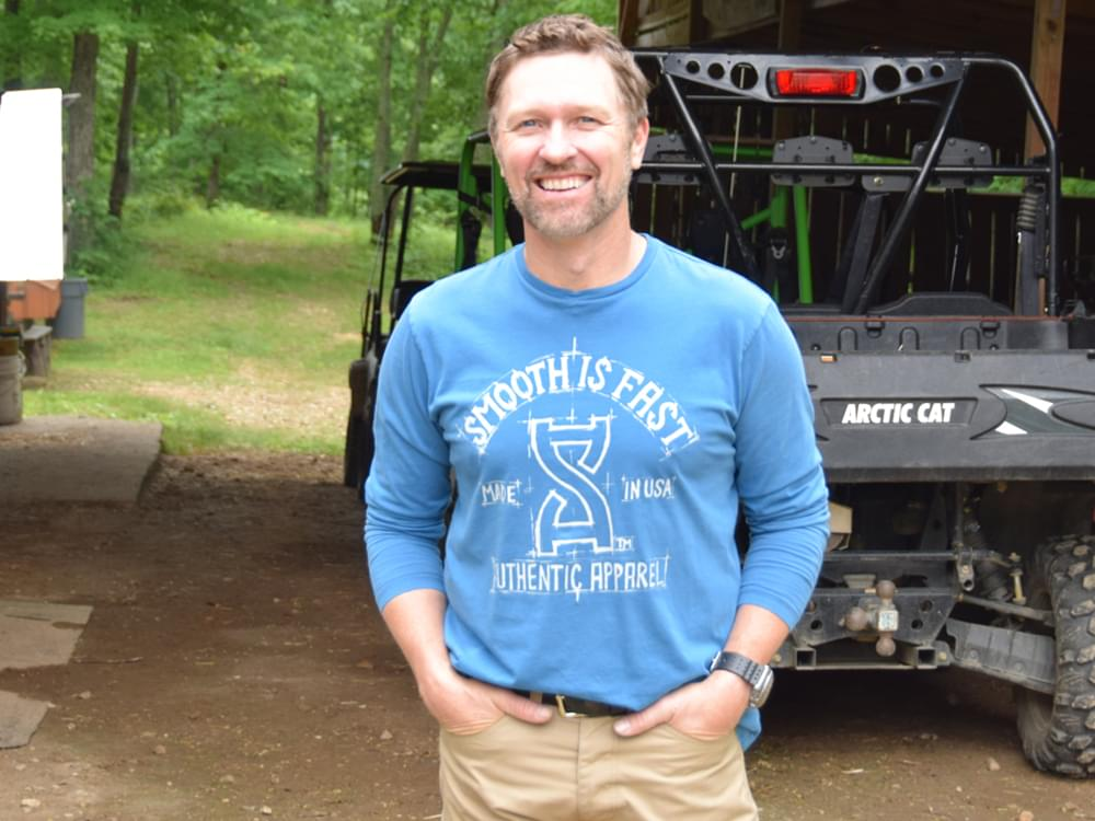 """Army Vet Craig Morgan Shares Veterans Day Message: """"Thank God We Have a Military Full of People Willing to Put Themselves in Harm's Way"""""""