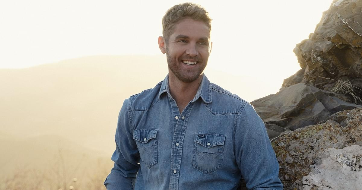 """Brett Young Puts His Own Spin On His Favorite Christmas Song, """"Silver Bells"""""""