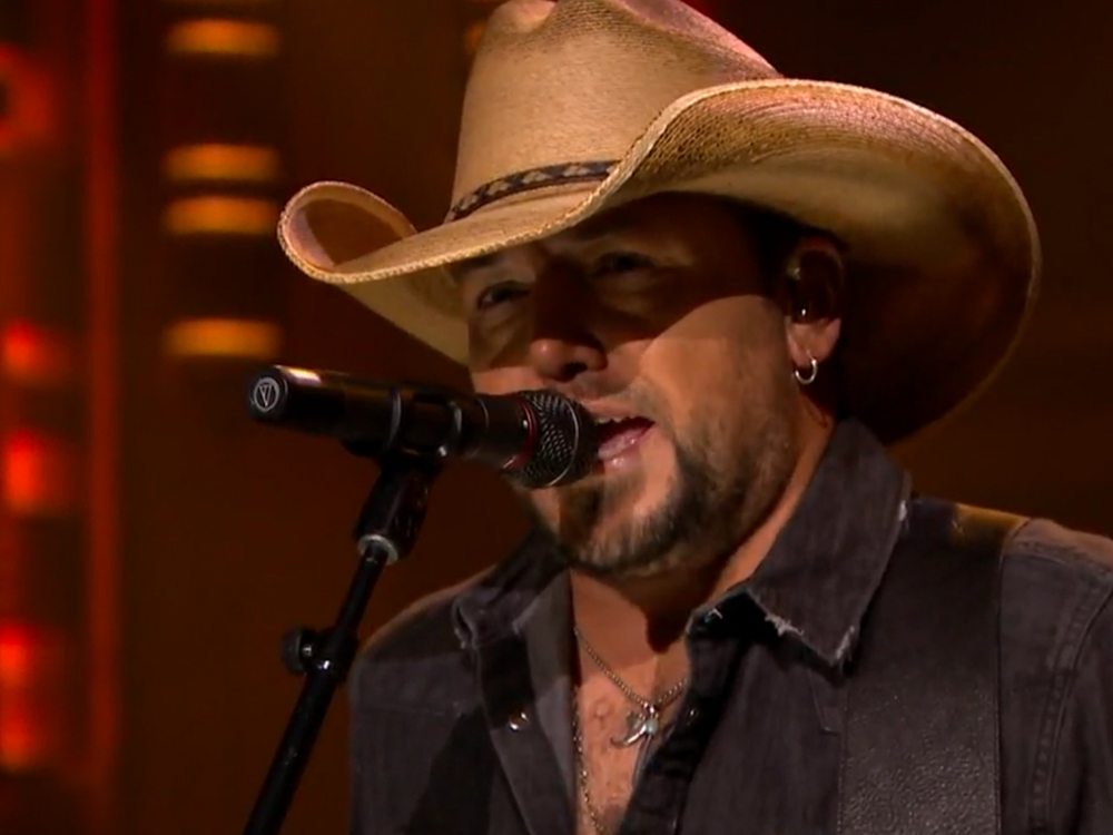 """Watch Jason Aldean Brighten Up """"The Tonight Show"""" With """"A Little More Summertime"""""""