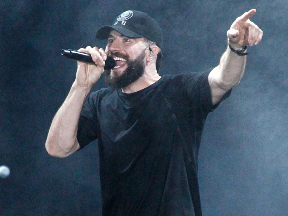 "Sam Hunt Scores 6th No. 1 Single With ""Kinfolks"""