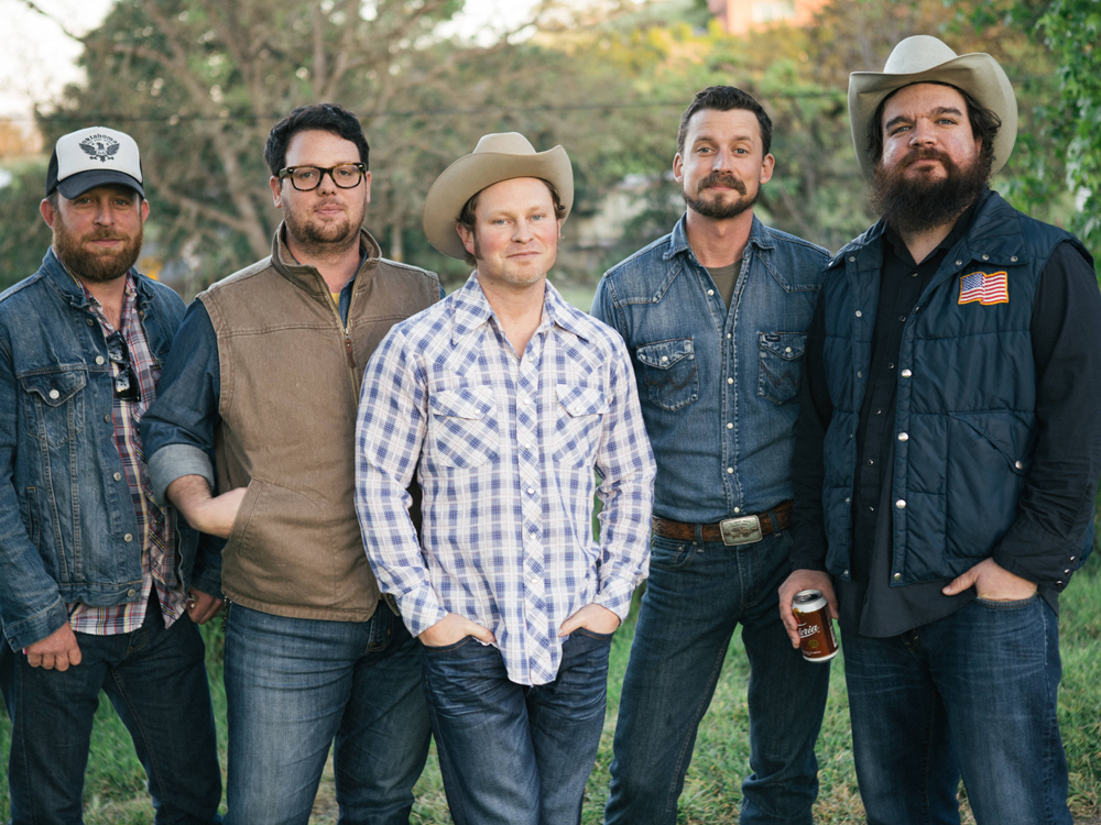 """Check Out Turnpike Troubadours' New Song/Video for """"Come as You Are"""""""
