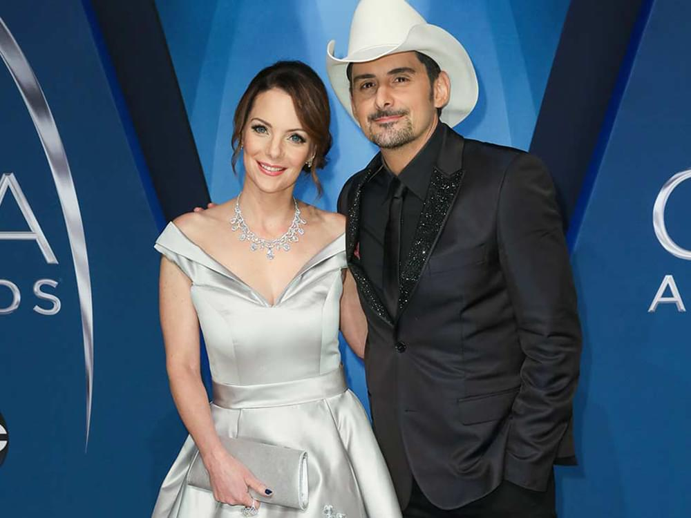 """Brad Paisley and Kimberly Williams-Paisley Break Ground on """"Free Grocery Store"""" in Nashville"""