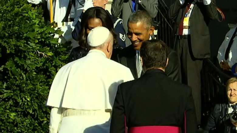 Watch President Obama greet Pope Francis