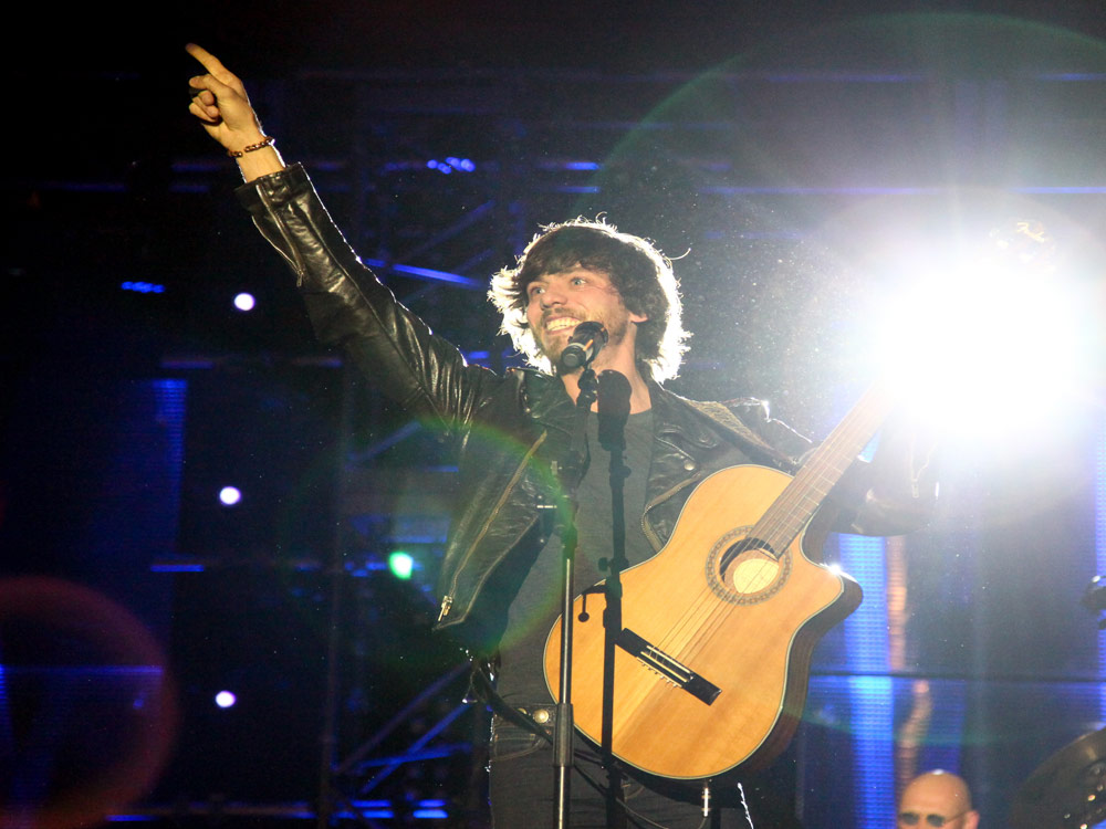 "Chris Janson Is ""Loving Life and Having Fun"" Writing and Recording for New Album He Hopes to Drop Early This Year"