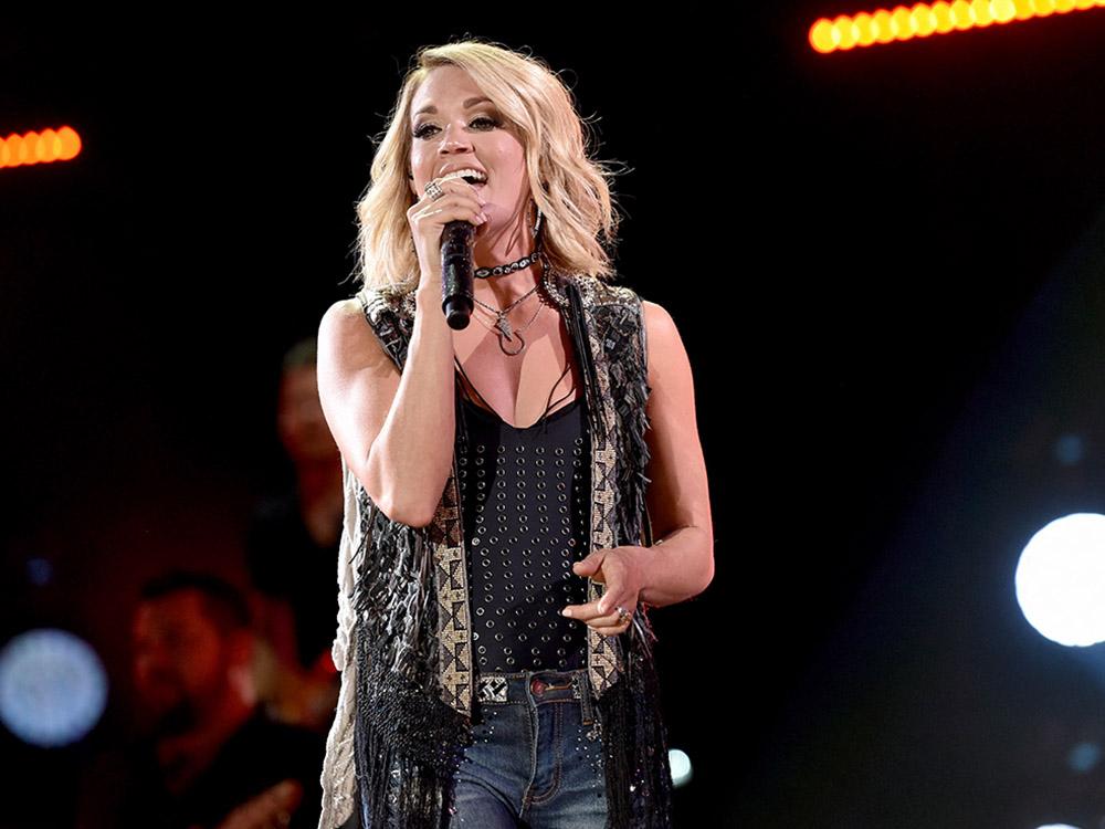 Carrie Underwood, Brad Paisley Take Home Teen Choice Awards
