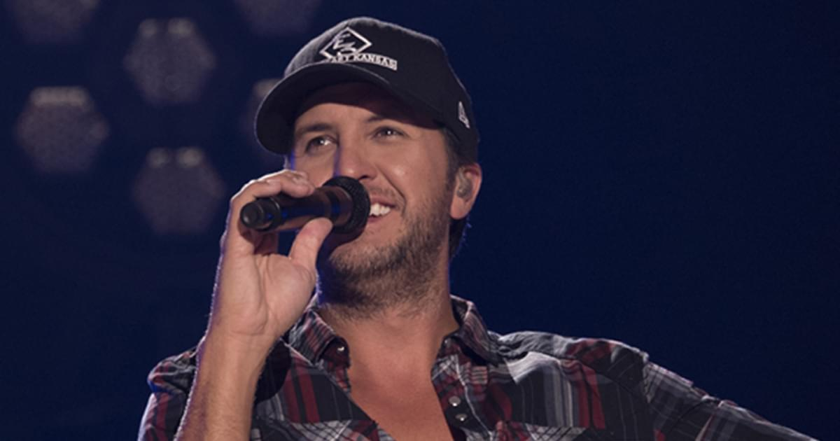 """Luke Bryan Says Fishing Trip With His Boys Was a Chance to """"Really Connect and Have Fun"""""""