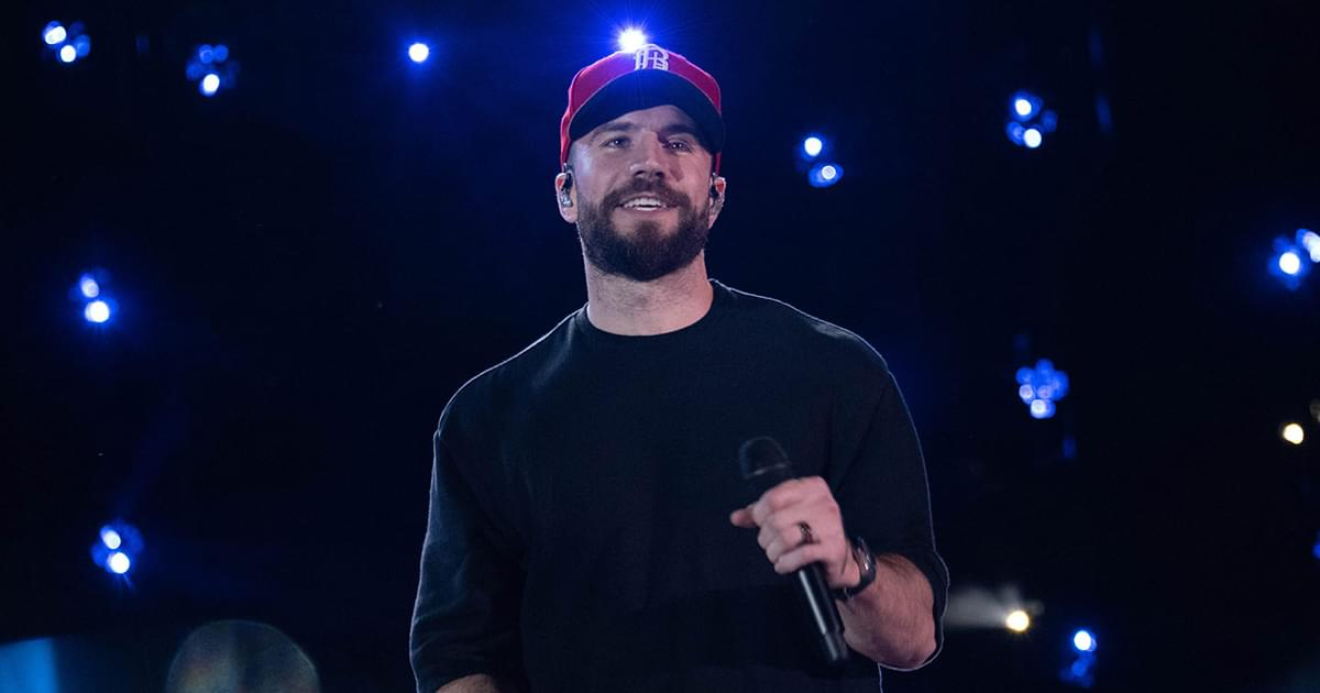 """Watch Sam Hunt Perform New Single, """"Breaking Up Was Easy in the '90s,"""" on the """"Tonight Show"""""""