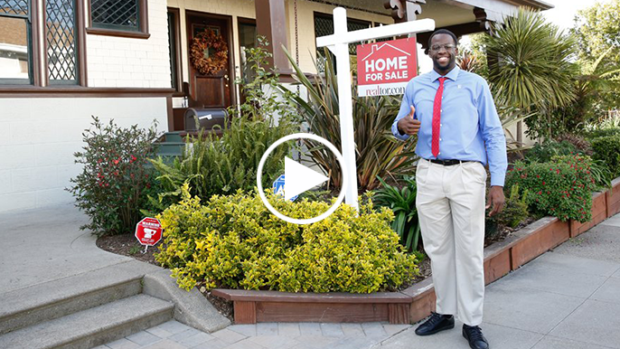 "Draymond Green goes undercover as local realtor ""Ray"""