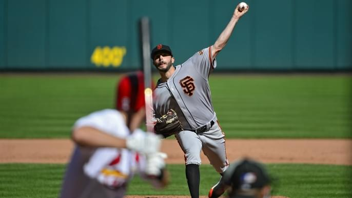 Cardinals dominate Giants to sweep series