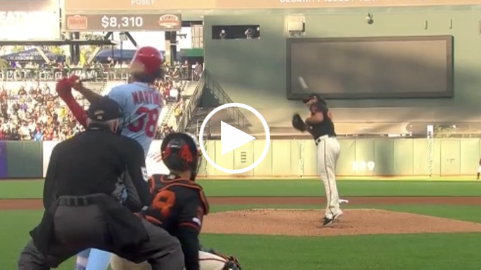 Madison Bumgarner lifted early after taking comebacker off arm